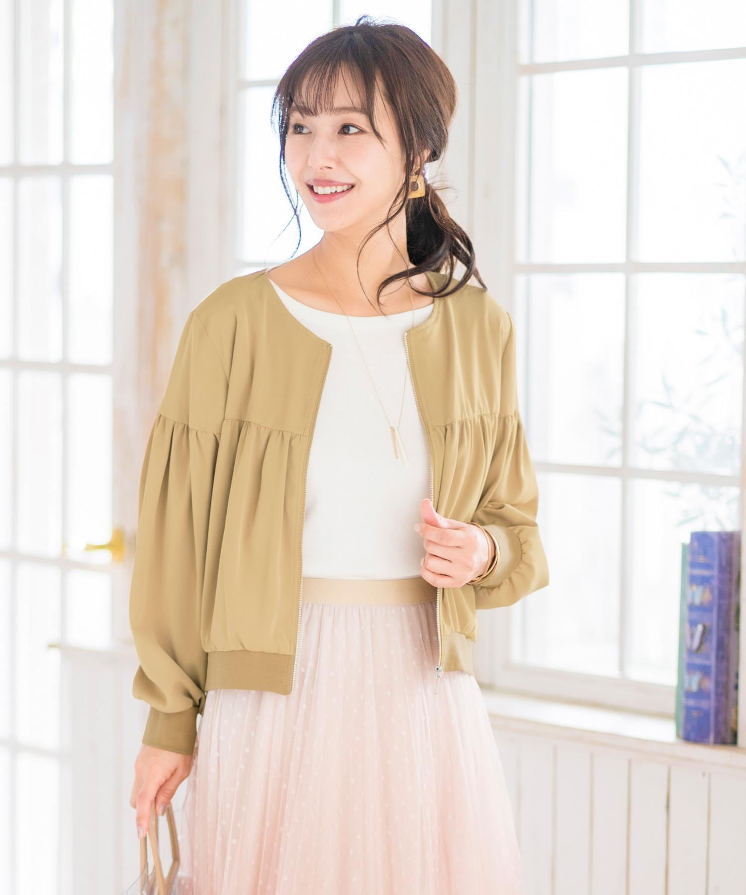 FEERICHELU から着やすさ抜群のシンプルジャケットが登場。春、秋、夏には冷房対策におすすめ。