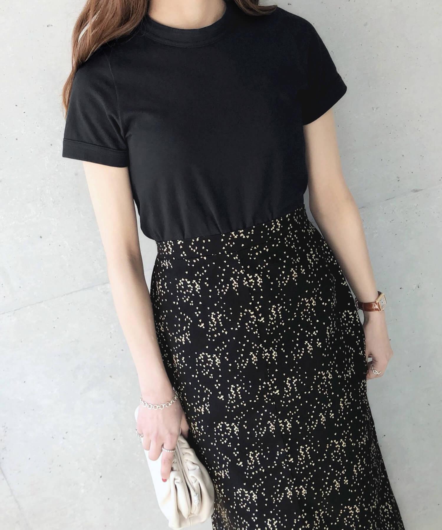 コットンベース Tシャツ ハート刺繍