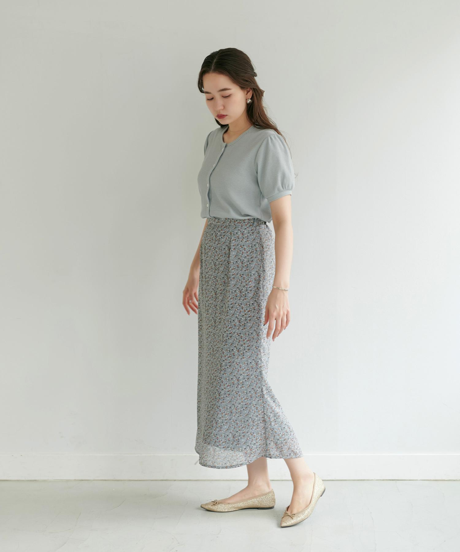 ワッフルパフスリーブカーディガン TINA:JOJUN 小花柄ロングスカート TINA:JOJUN